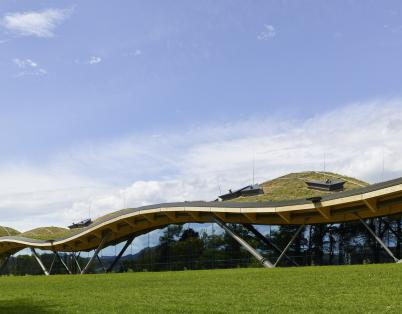 New Macallan distillery unveiled by Edri...