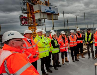 Topping out at UK's tallest LSF projec...