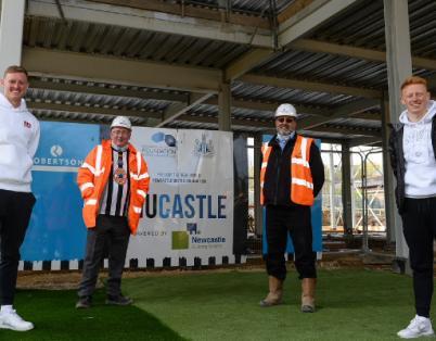 Robertson host steel signing at NUCASTLE...