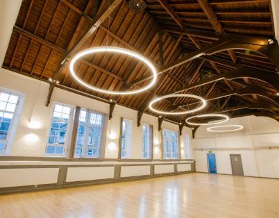 Creative hub offers artists a new home i...